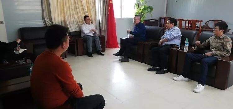 公司副总经理付海华前后来到南昌县项目及天使金融广场商住两用办公楼装修项目检查指导事情