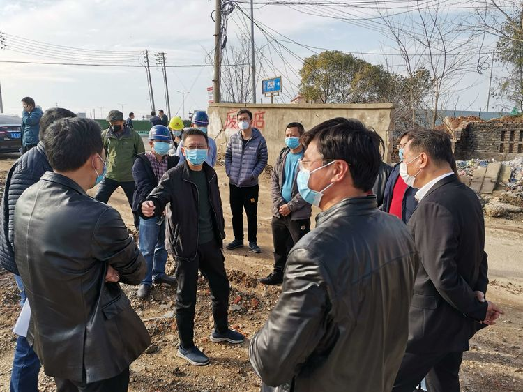 真实可靠网赚项目总工程师郑学平对昌东大道改造工程复工准备工作视察指导