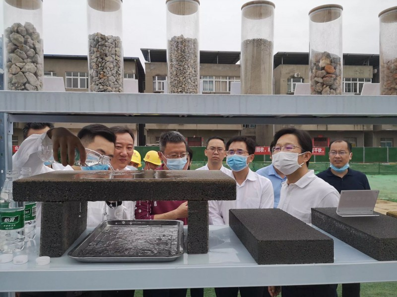 南昌市副市长宋铀一行莅临公司在建项目调研指导工作
